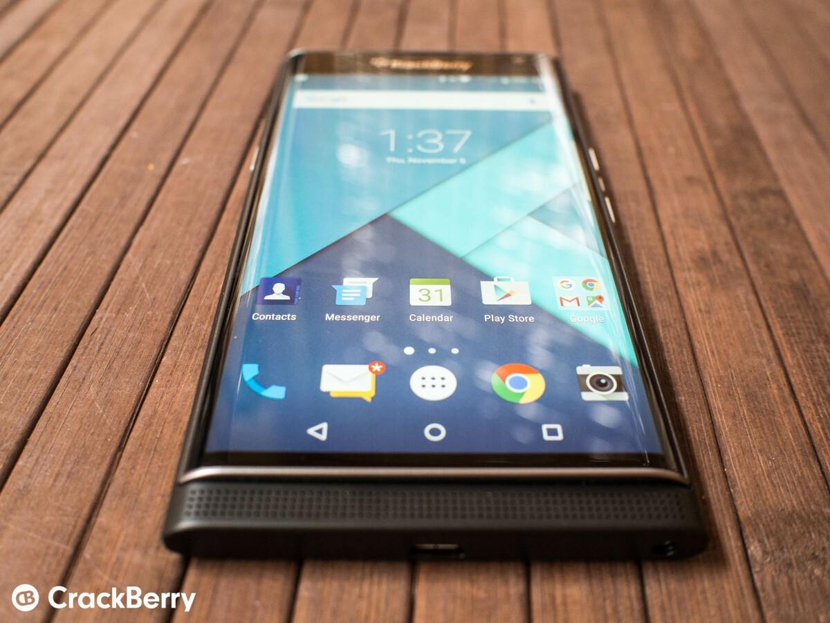 BlackBerry Priv shipments are finally beginning