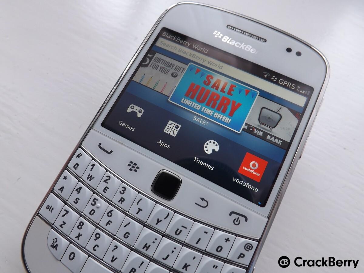 Group of Blackberry Os7 Original 9900