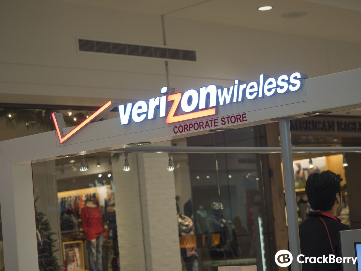 Verizon is offering free data for those on its XL plan
