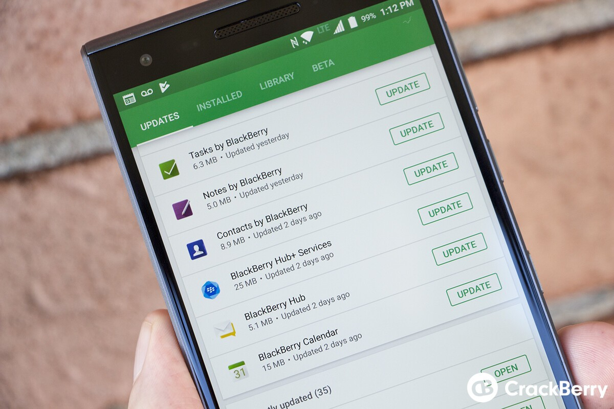 BlackBerry Hub now supports GroupMe, LINE Lite and XING accounts in latest beta