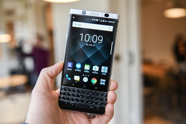 CrackBerry Poll: Are you using the BlackBerry Launcher or