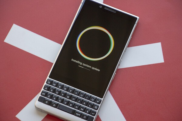 BlackBerry KEY2 update ABK892 now rolling out in North