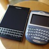 BlackBerry Passport vs. 7290