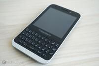 Low-end BlackBerry Kopi keyboard smartphone leaked