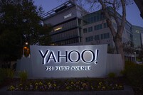Verizon and Google said to be preparing bids for Yahoo