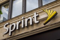 Sprint kills 2-year contracts for smartphones