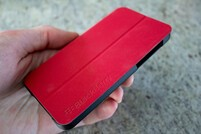 BlackBerry Flip Shell Case brings smart protection to the BlackBerry Z10