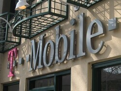 T-Mobile exclusively begins offering cloud-hosted BES10 Servers