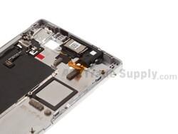 Porsche Design BlackBerry Z10 internals shown off