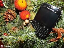 Christmas bargain - the BlackBerry 9720 drops in price in the UK