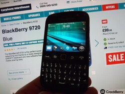 UK post Christmas sale - Pick up a BlackBerry 9720 for only £99.95