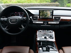 BlackBerry QNX versus iOS and Android in automobiles