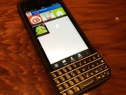 BlackBerry pressing courts to stop sales of Typo keyboards