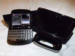 It's official - CrackBerry users want charging docks for their BlackBerry 10 smartphones