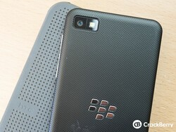 CrackBerry Asks: Would you want a Dot View case for your BlackBerry?