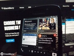 BlackBerry 10 users are more than happy closing unused Active Frames