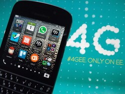 Why is EE only selling BlackBerry's to UK business users?