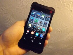 Pick up a prepaid BlackBerry Z10 from Telus for just $199.99