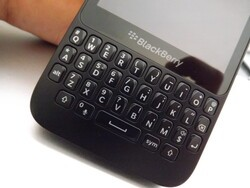 Bargain alert - BlackBerry Q5 only £99.99 on Pay As You Go from O2 UK!