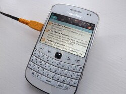 Twitter for legacy devices gets fixes galore in the BlackBerry Beta Zone