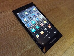 BlackBerry shows off the Z3 in Indonesia with two commercials