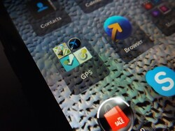 The top 5 travel apps for the BlackBerry Z3