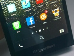 The top five social apps for your new BlackBerry Z3