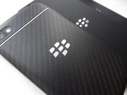 BlackBerry 10.2 named best mobile OS