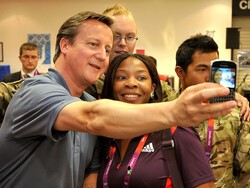 UK PM David Cameron runs on BlackBerry