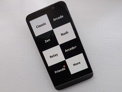 You'll need super fast reflexes to play Piano Tiles