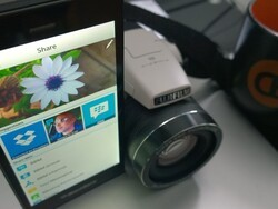 How to share photos using the BlackBerry Z3