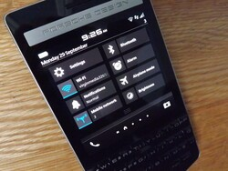How to access Quick Settings using BlackBerry 10.3