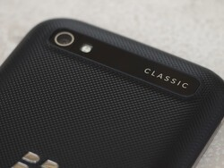 Send a tweet, win a BlackBerry Classic