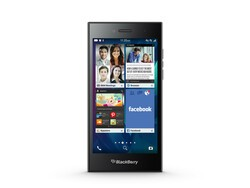 UK retailers taking pre-orders for the BlackBerry Leap