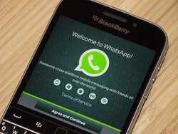 WhatsApp will no longer charge an annual subscription fee