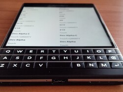 BlackBerry OS 10.3.2 Beta autoloaders now available