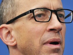 Twitter CEO Dick Costolo leaving position on July 1