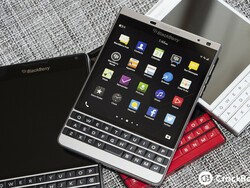BlackBerry Passport Silver Edition hitting the Middle East