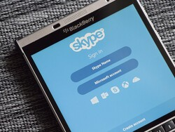 Skype offers free calls to France after Paris attacks