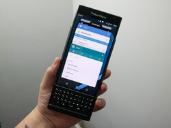 It's easy to change the recent apps view on BlackBerry Priv