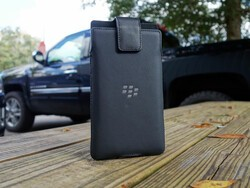 Save 60% on BlackBerry Priv leather holsters today