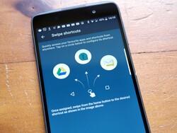 Reassign swipe shortcuts on BlackBerry DTEK50