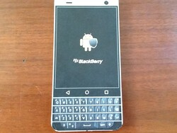 Sizing up the BlackBerry Mercury with a DIY Mockup [Reader Mail]