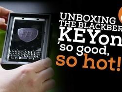 CrackBerry's BlackBerry KEYone Unboxing