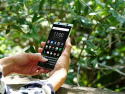 BlackBerry KEYone now available in the UK in retail first at Selfridges
