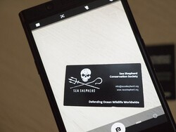 How to use your BlackBerry Motion or KEYone camera to scan business cards!