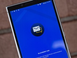 BlackBerry Hub+ Services beta update fixes incorrect Twitter icons