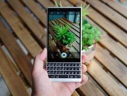 The Best Camera Apps for BlackBerry KEY2