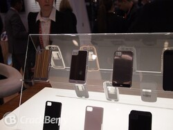 Case-Mate shows off their BlackBerry Z10 case lineup at CES