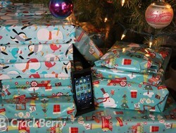 Merry Christmas and Happy Holidays from CrackBerry!